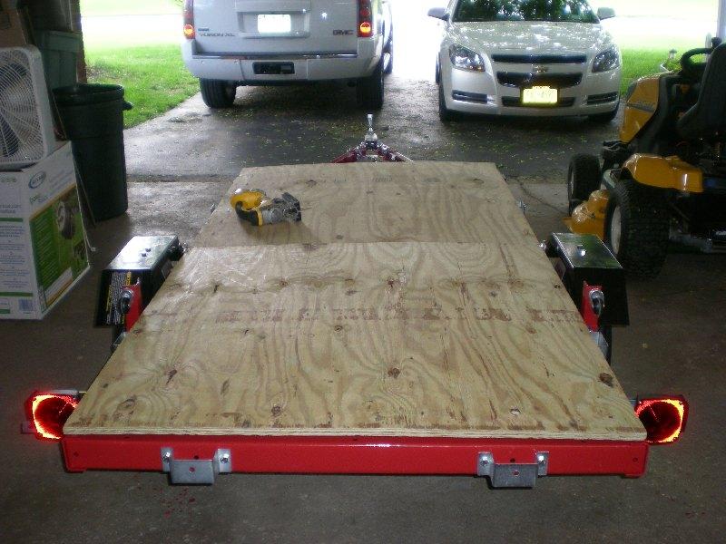 Folding 4x8 Flatbed Assembly  Pics